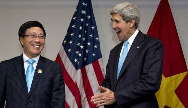 Mỹ chính thức cho phép bán vũ khí sát thương cho Việt Nam.