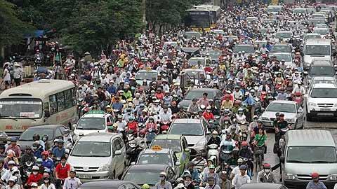 Xe máy là nguyên nhân chính gây tắc đường