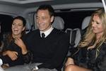 Terry thảnh thơi đưa vợ đi hộp đêm, 'quên' đại chiến Chelsea - M.U