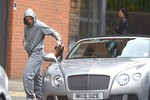 Lái xe Bentley dạo chơi, Rooney bị cảnh sát sờ gáy