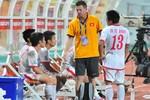 Nội bộ tuyển Việt Nam: Trò 'bật' thầy ngay trên sân thì thắng được ai?