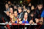 Bóng đá Việt: Tuyệt chiêu chạy và cướp