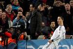CĐV Barca cũng 'yêu' Ronaldo