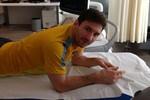 Messi khoe ảnh trên Facebook trấn an 'cule'