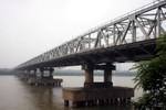 Cấm lưu thông xe qua cầu Chương Dương trong 5 ngày