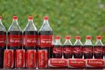 """Khắc tên trên Coca Cola: Quảng cáo thông minh nhưng """"chơi không đẹp"""""""