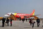 Thời tiết xấu, hành khách Vietjet phải chờ 12 tiếng mới được bay