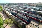 """Đường sắt quốc gia """"đáng ưu tiên đầu tư hơn sân bay Long Thành"""""""