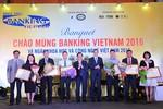 Vietcombank nhận bằng khen của Thống đốc Ngân hàng Nhà nước
