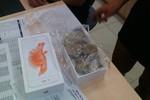 Khách mua iPhone 6S nhận toàn đá: Nhân viên Thế giới di động tráo hàng