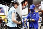 Giá xăng giảm mạnh từ 15h ngày 19/11