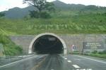 """Những """"bí mật"""" trong hầm đường bộ Hải Vân"""