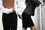Quấy rối tình dục là gì? Còn phải chờ hướng dẫn