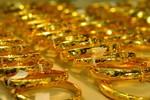 Nhầm trộm là chồng, mất 186,5 lượng vàng