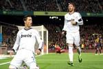 Đôi vai Ronaldo gánh cả hàng công Real Madrid
