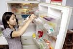 Vì sao không nên để trứng trong tủ lạnh?
