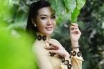 Á hậu Thùy Trang thướt tha áo dài đón xuân