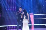 Sao mai Hà Linh được 3 HLV ấn nút 'cứu' ở The Voice