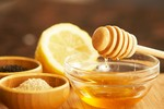 Tác dụng của uống nước ấm pha mật ong mỗi ngày