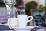 Sau khi uống rượu đừng dùng cà phê
