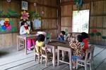Giữa núi rừng, có lớp mầm non 6 học sinh và một cô giáo