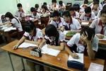 Học sinh lớp 12 chuẩn bị kiểm tra khảo sát các môn Toán, Văn, Tiếng Anh