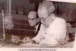 Ảnh Chủ tịch Hồ Chí Minh với công tác bầu cử