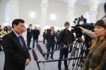Bộ trưởng Bộ Văn hóa Nguyễn Ngọc Thiện trả lời phỏng vấn báo chí Nga