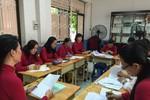 Giáo viên kể chuyện buộc phải tìm cách đối phó với chủ trương của Bộ