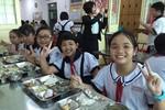 Các trường tiểu học tại Hà Nội áp dụng thực đơn chuẩn cho bữa ăn bán trú
