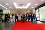 Quốc vương Brunei thăm Trung tâm tiếng Anh tại Đại học FPT