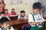 Tặng Bằng khen cho học sinh lớp 3 trả lại 44 triệu đồng nhặt được