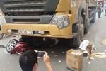 Đã có lệnh của Chủ tịch Hà Nội, Đội 6 vẫn để xe tải đi giờ cấm làm chết người