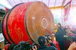 Phó thủ tướng Nguyễn Xuân Phúc đánh trống khai hội chùa Bái Đính 2013