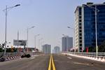 Sắp thông xe cầu vượt dầm thép qua nút giao thông gần khách sạn Daewoo