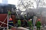 """Toàn cảnh vụ cháy """"khu ổ chuột"""" gần khách sạn La Thành"""