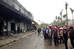 Hàng trăm tiểu thương khóc ròng nhìn chợ Phố Hiến bị thiêu rụi