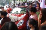 Tuấn Hưng đón dâu bằng siêu xe Porsche 10 tỷ
