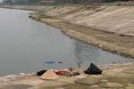 Hà Nội: Phát hiện xác chết nổi trong hồ Linh Đàm