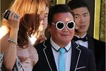 Giả mạo Psy đi dự tiệc