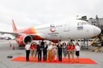 Vietjet ra mắt tàu bay mới mang biểu tượng du lịch đất nước chùa vàng