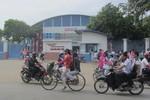 Một cách ứng xử kỳ quặc của Hiệu trưởng trường Nguyễn Hữu Tiến