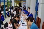 Gần 1.000 học sinh tham quan, được tư vấn tuyển sinh ở Đại học Hoa Sen