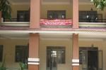 Giáo viên Trường Trần Quang Khải treo băng rôn đòi công khai tài chính