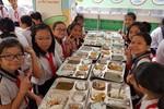 Bữa ăn ở trường Trần Nguyên Hãn