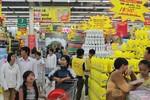 Mừng lễ 30/4, 2.000 mặt hàng tại BigC giảm giá đến 50%