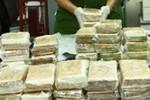 Bắt giữ 3 người Lào mang số lượng lớn ma túy vào Việt Nam tiêu thụ