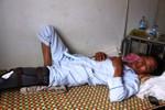 Phó công an xã đánh dân gãy chân người dân vì nghi ăn trộm đó