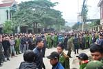 Nhóm đối tượng điên cuồng xả súng vào đám đông, ba người bị thương
