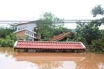 Bão số 8 gây mưa lớn: Hàng trăm ngôi nhà tại Quảng Trị bị ngập nặng